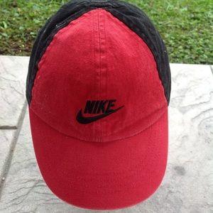 Boys infant Nike hat.